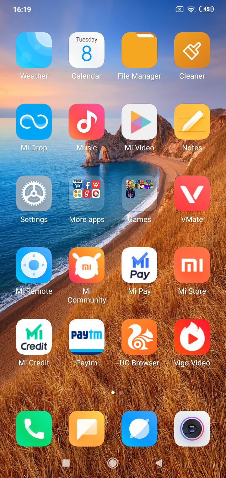 Redmi 8 homescreen with preloaded apps 1