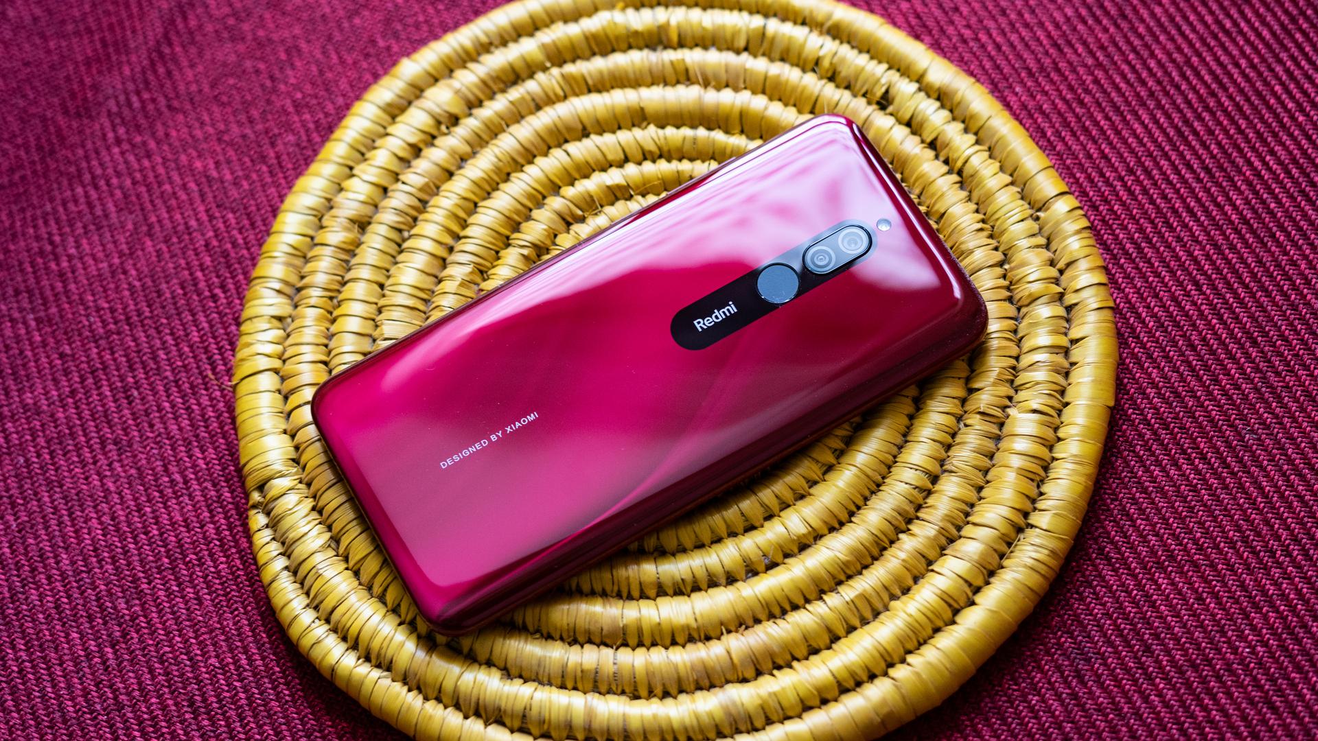 Redmi 8 profile shot of back