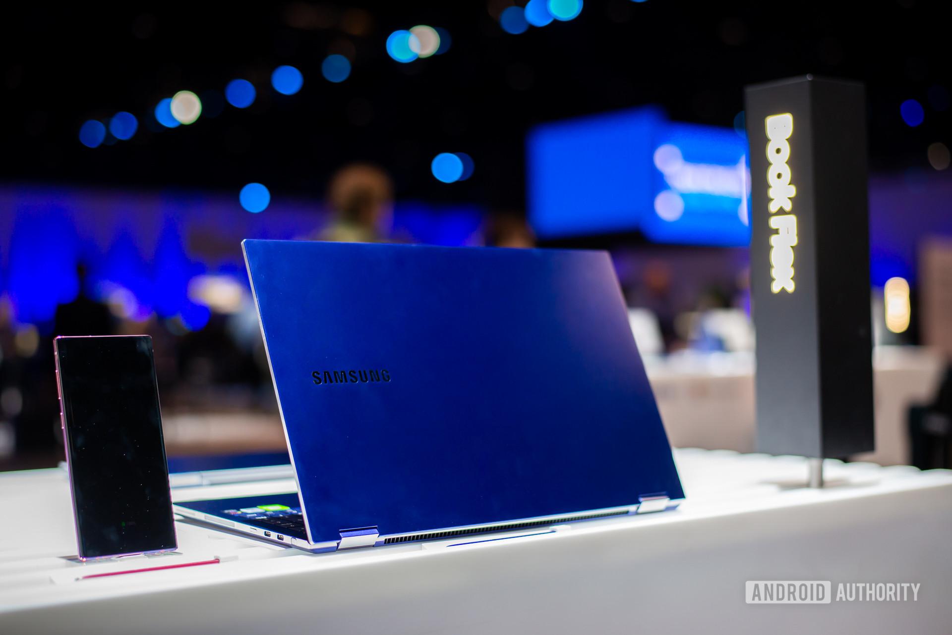 Samsung Galaxy Book Flex back 20