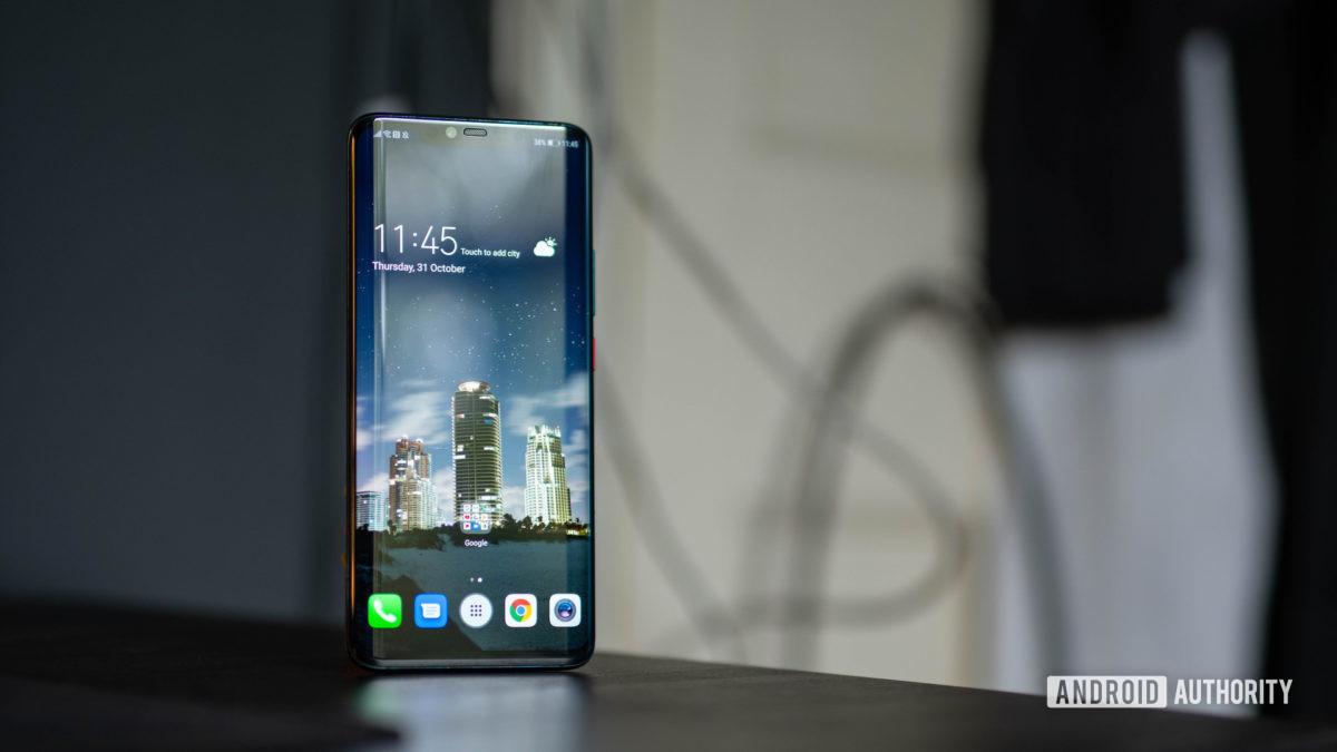 Huawei Mate 20 Pro wide shot of home screen