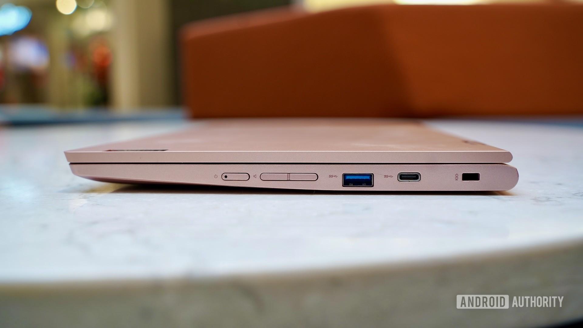 Lenovo Chromebook C340 review right edge