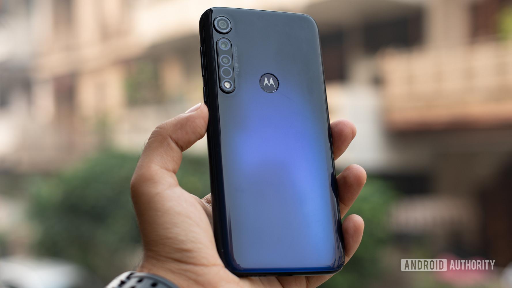 Moto G8 Plus showing moto logo in fingerprint scanner