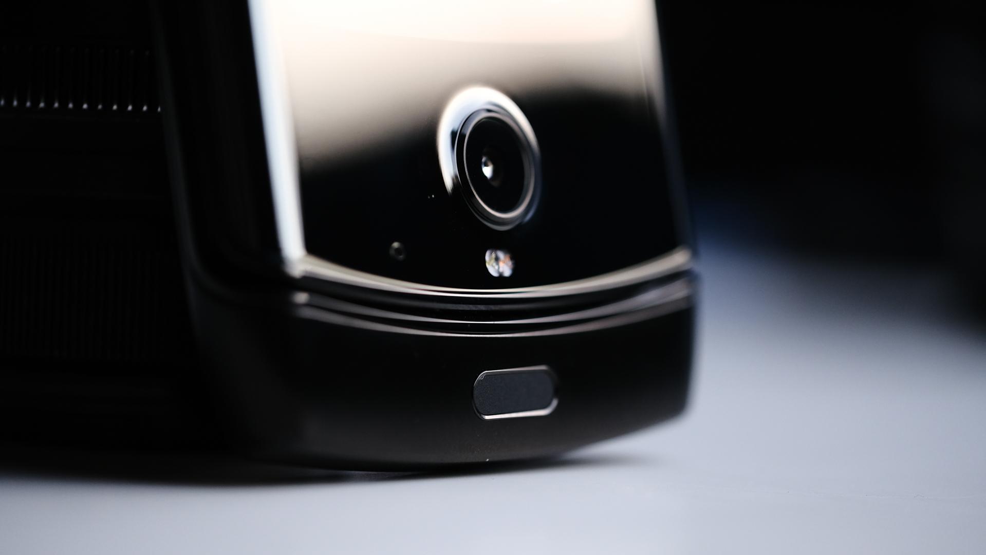 Moto Razr foldable camera and fingerprint reader macro