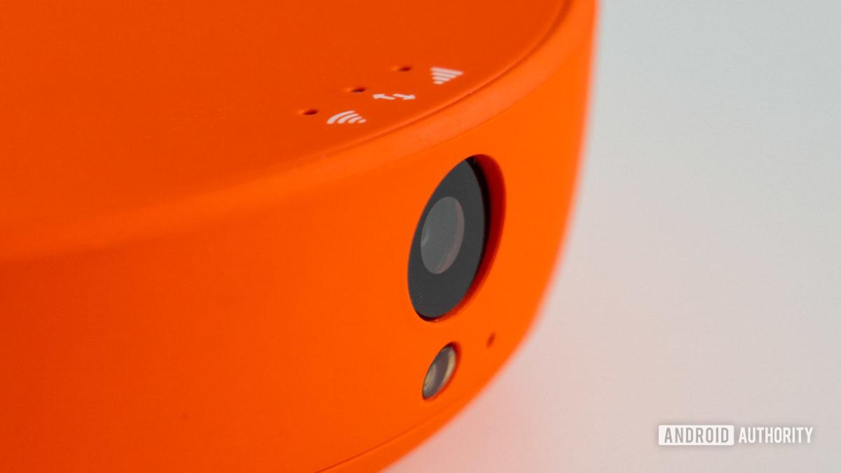 Skyroam Solis X camera closeup