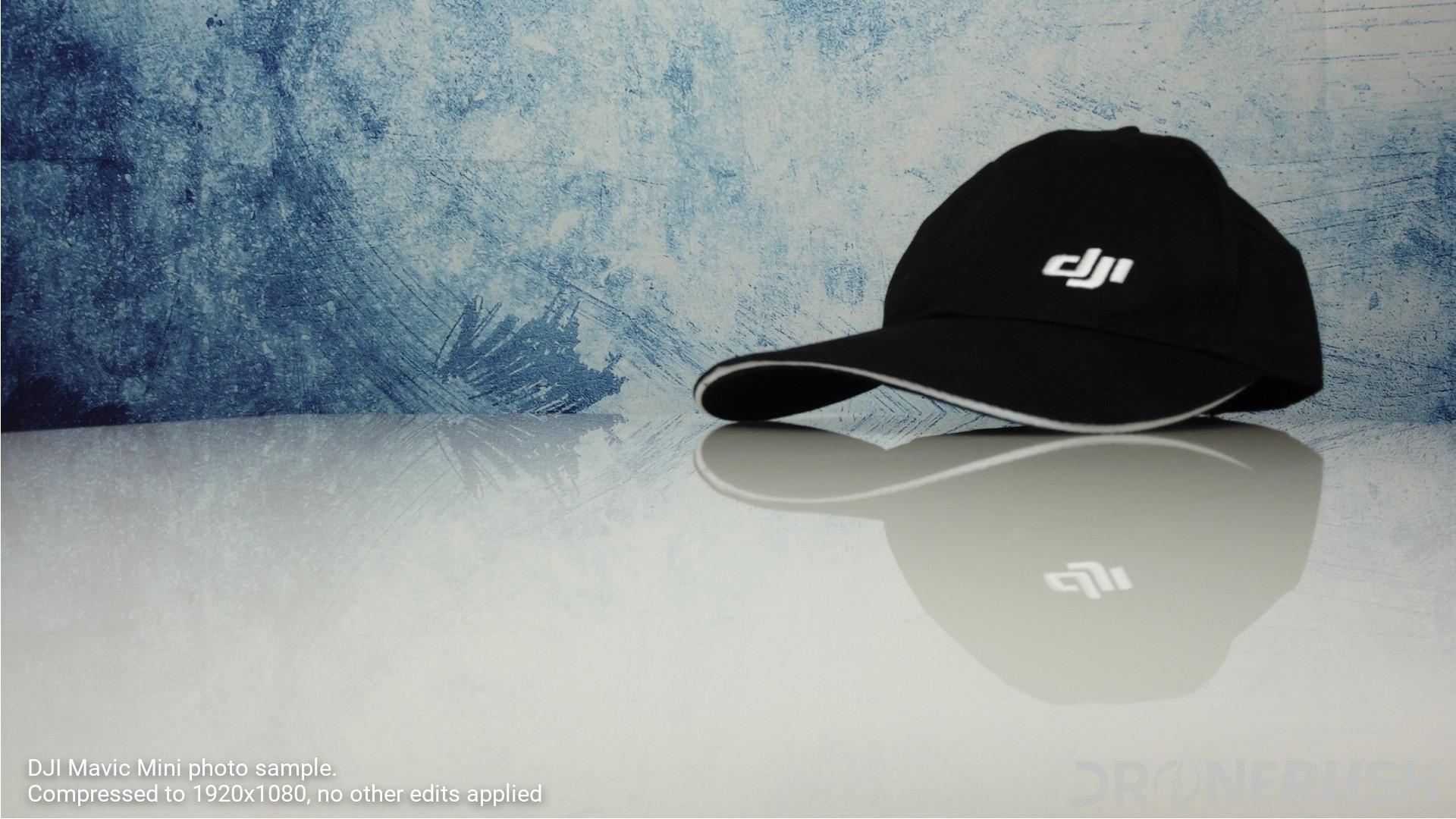 DJI Mavic Mini photo sample indoors hat