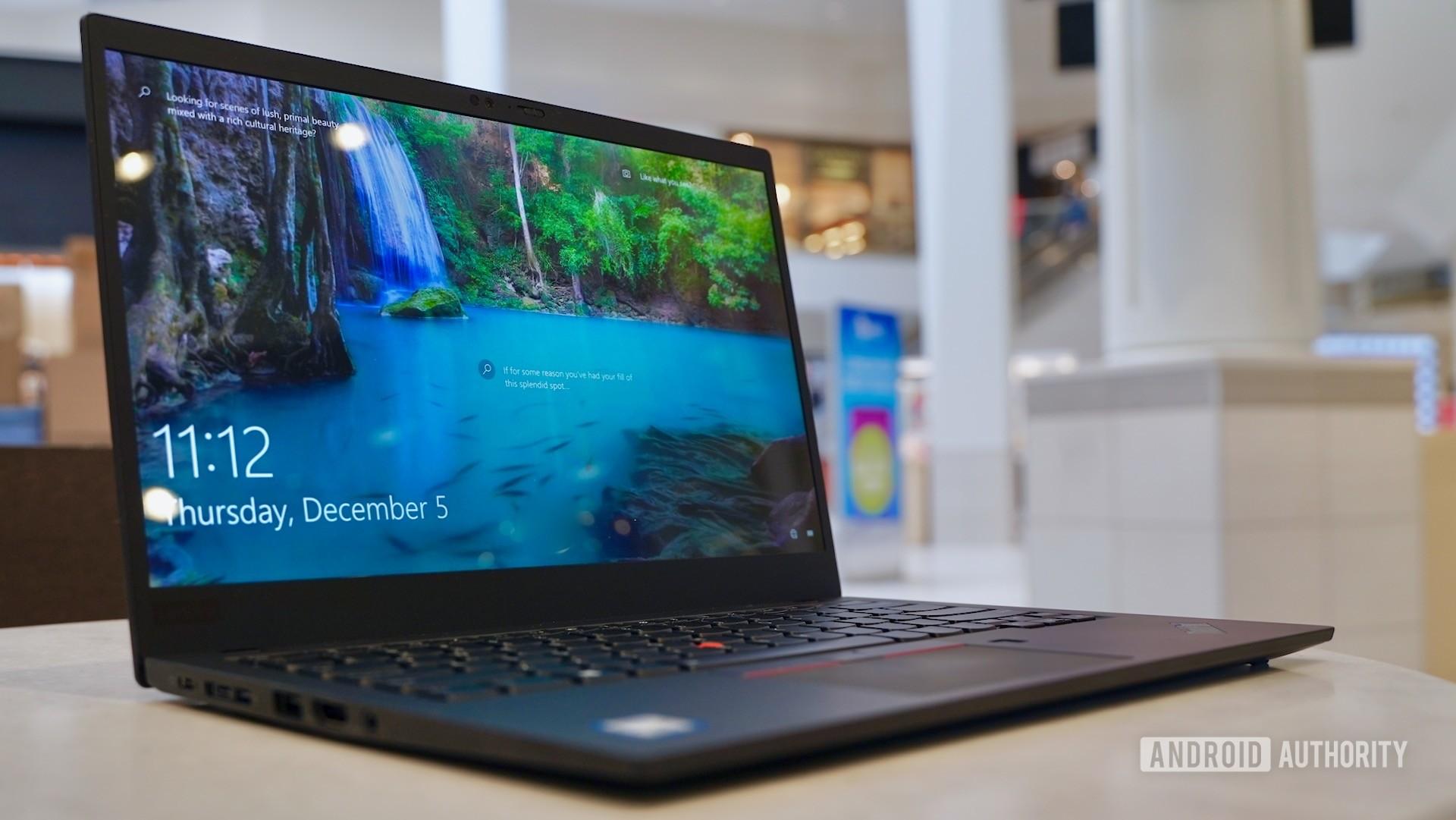 Lenovo ThinkPad X1 Carbon review left angled profile