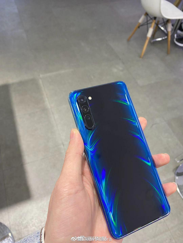 Oppo Reno 3 5G leaked photo back