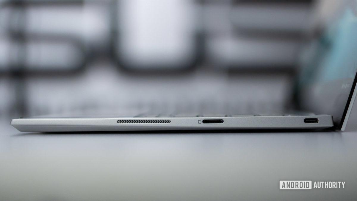 Asus Chromebook Flip C436 right side profile ports