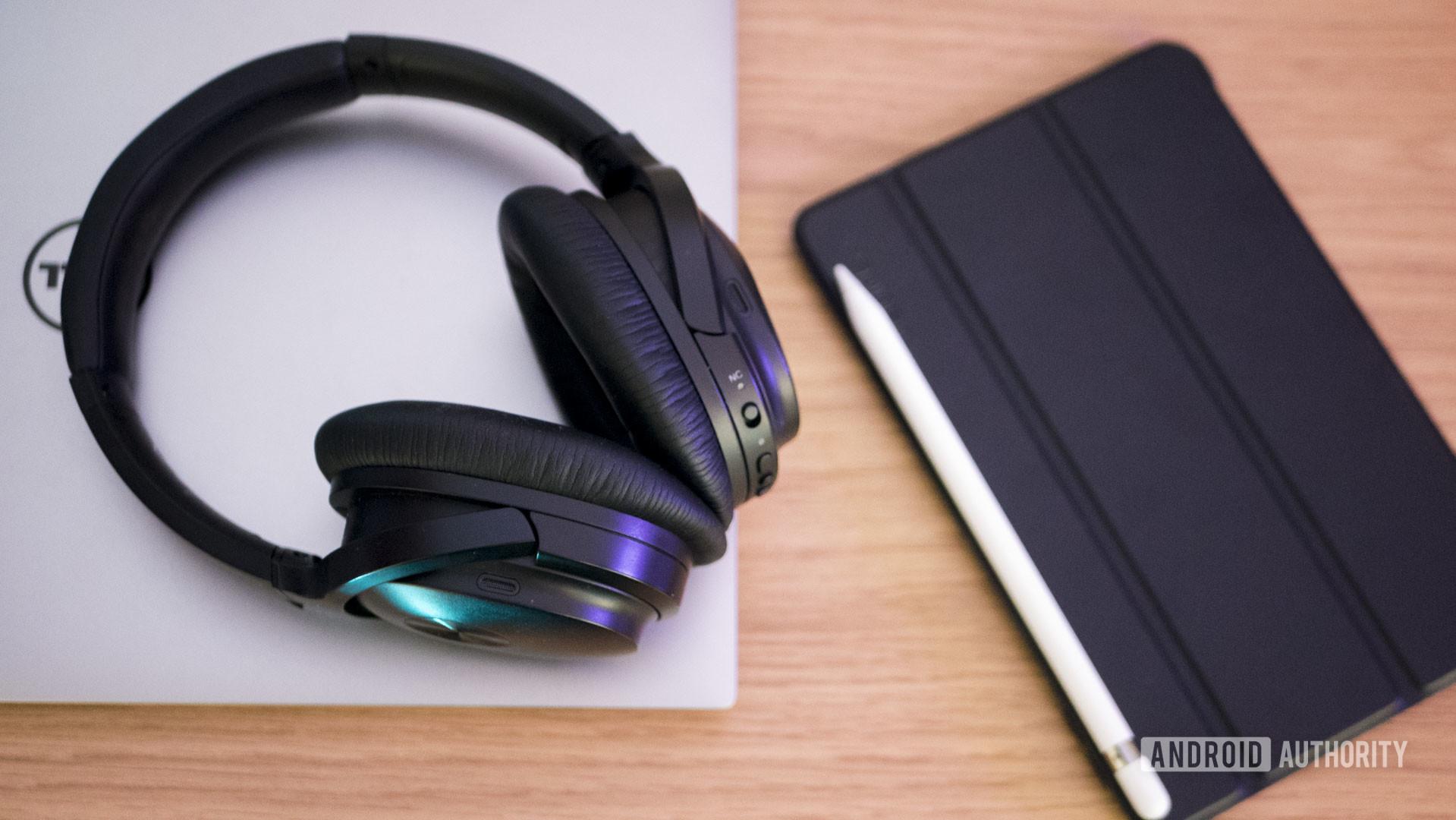 Gadgets Laptop Headphones Work Online