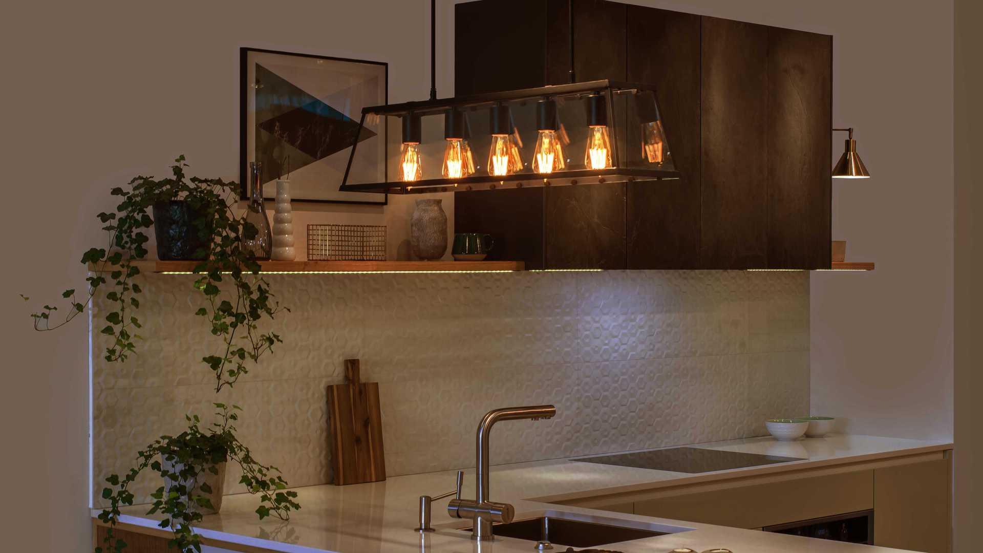 LIFX Kitchen Filament 01