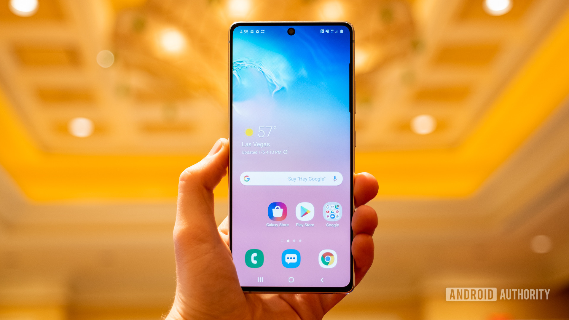 Samsung Galaxy S10 Lite screen in hand 1
