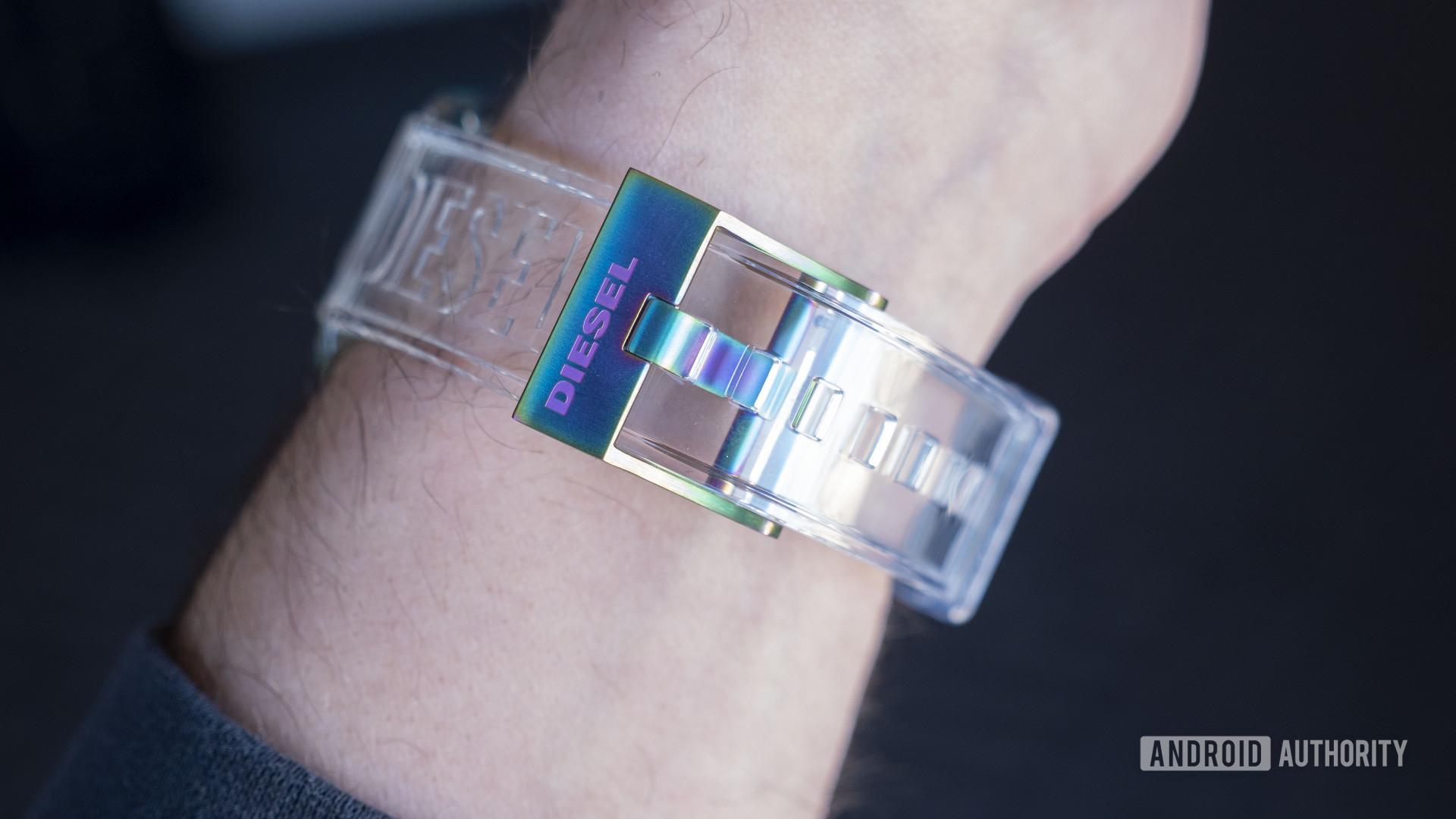 diesel fadelight smartwatch clear 2