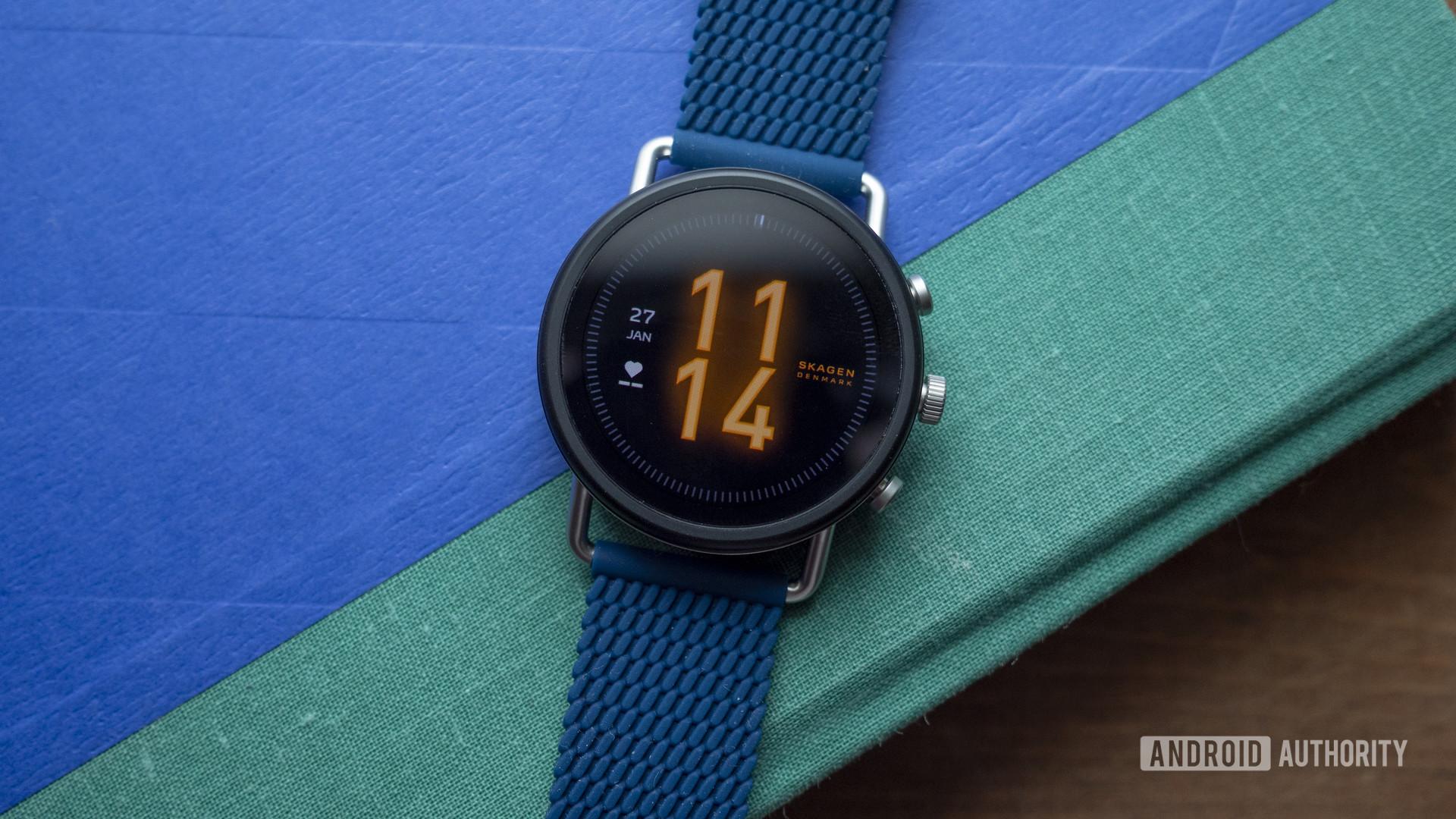 skagen falster 3 review watch face display 1
