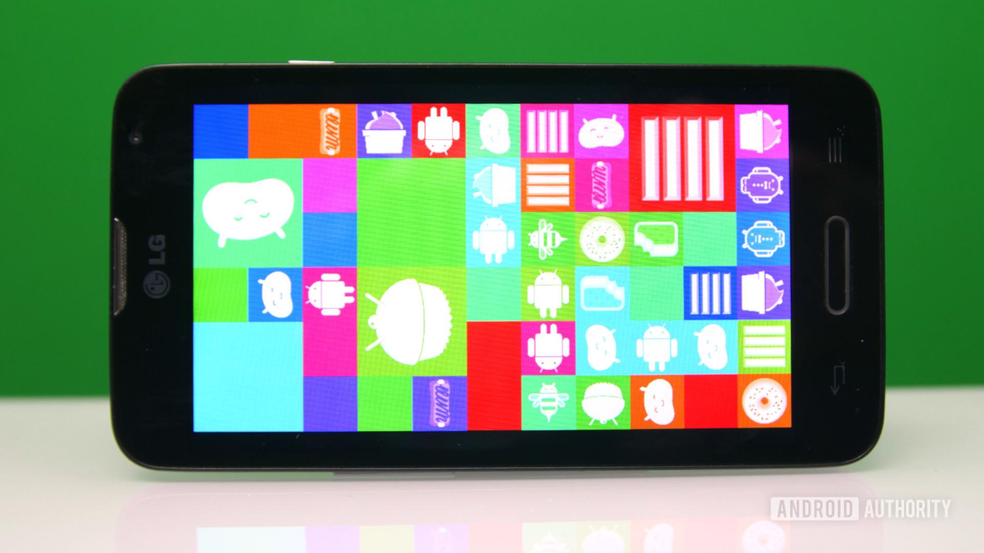 Android 4 KitKat tile Easter Egg side