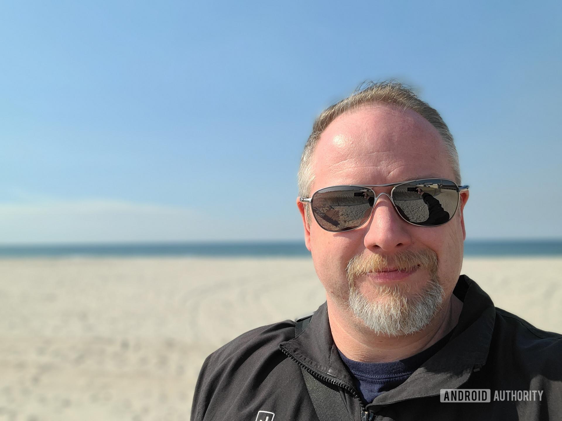 Samsung Galaxy S20 Ultra Photo Sample beach selfie