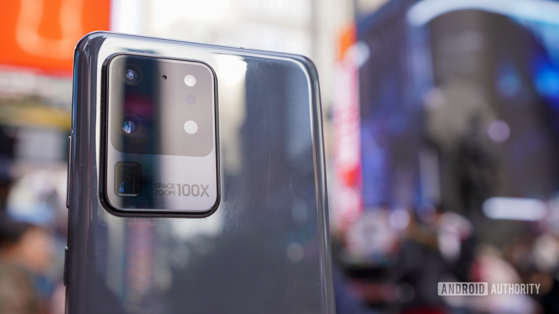 Samsung Galaxy S20 Ultra money shot