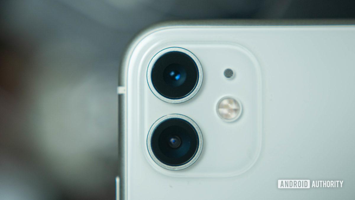 Dual cameras camera module Apple iPhone 11