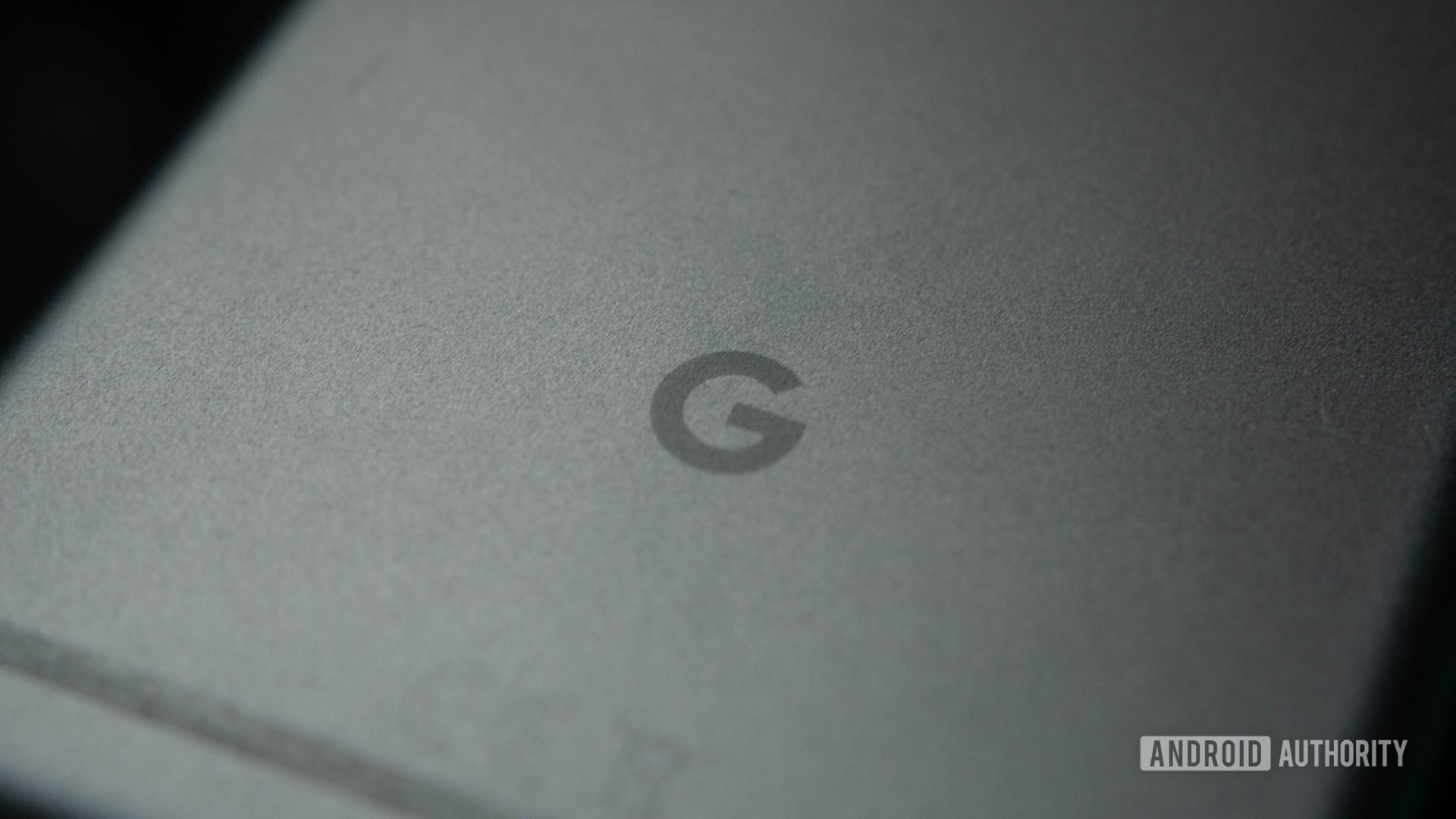 Google Logo Pixel XL