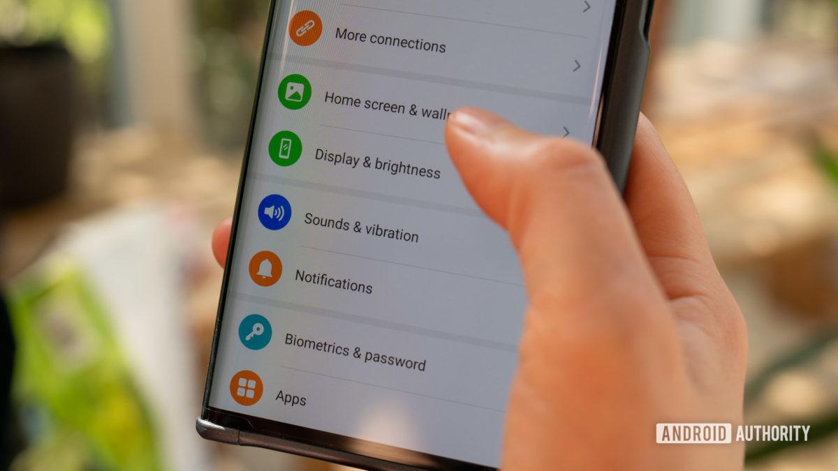 Huawei Mate Xs review settings menu
