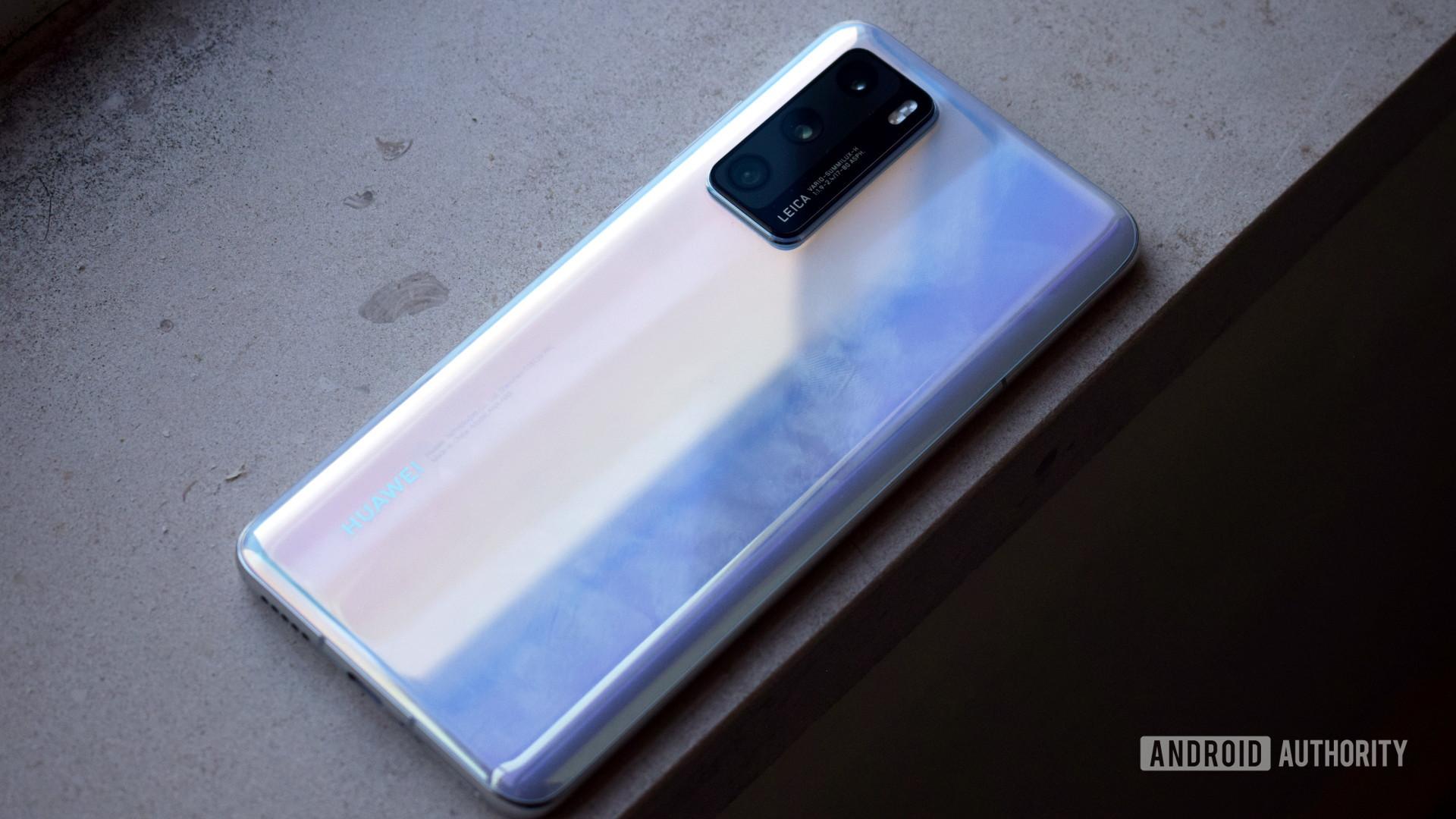 Huawei P40 back 2