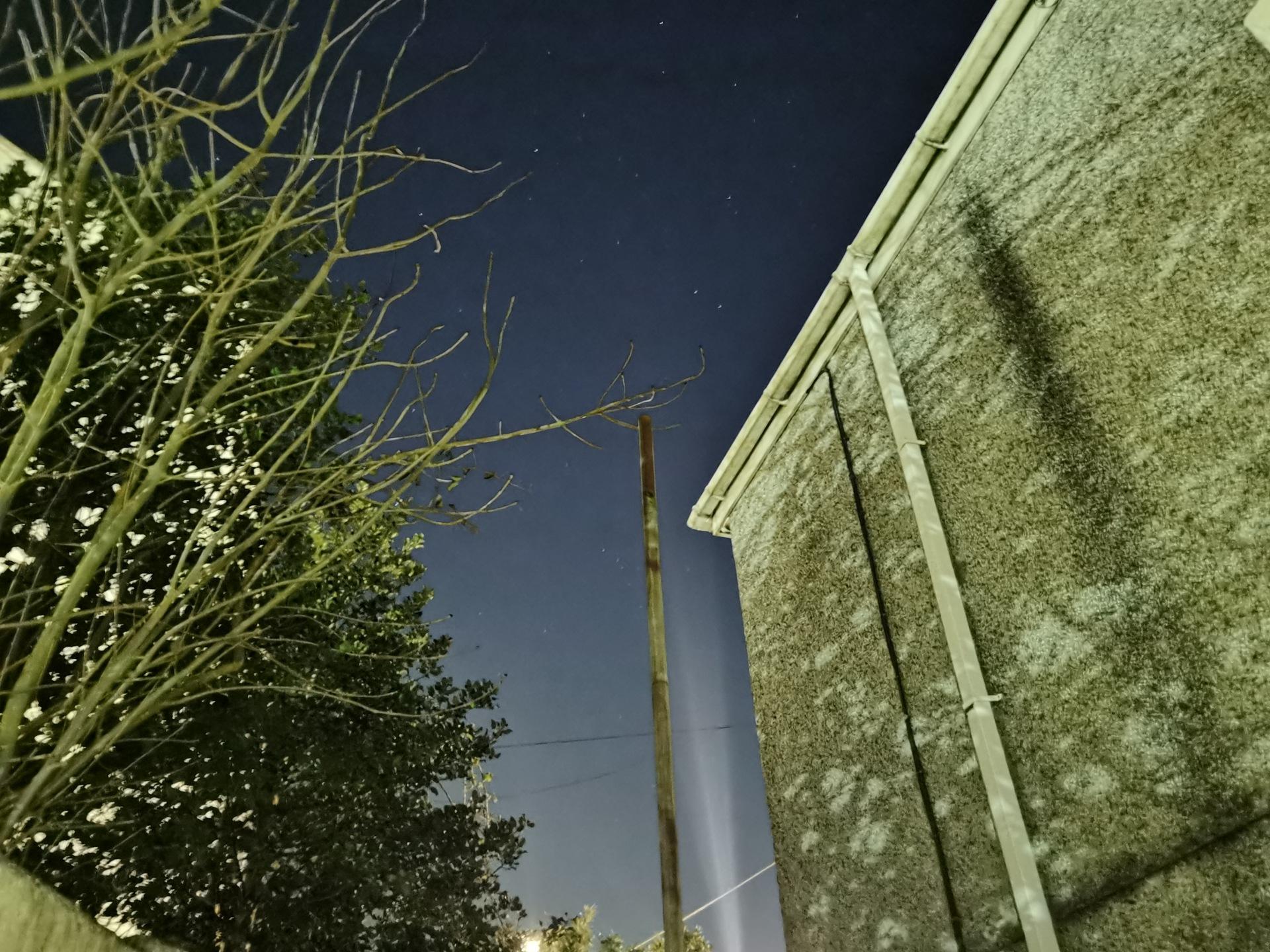 P40 Pro camera sample Night mode test