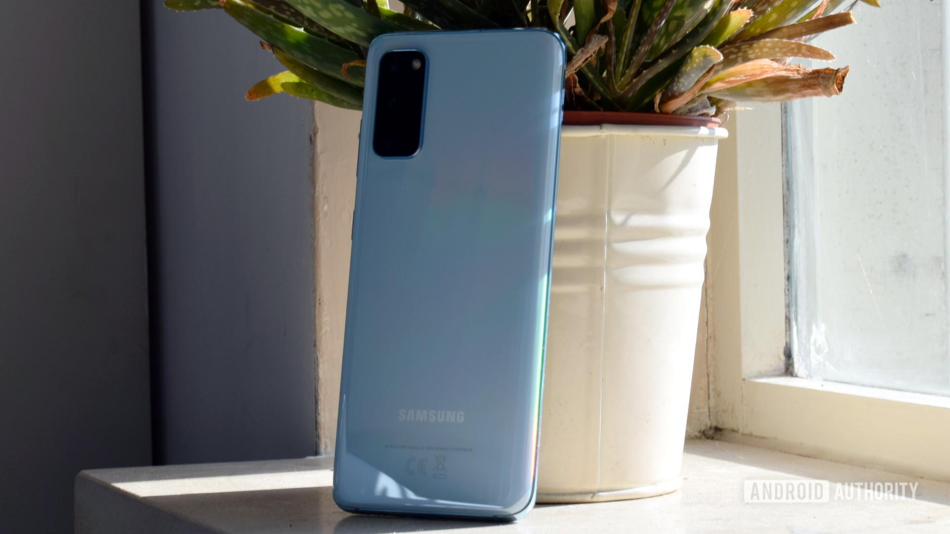 Samsung Galaxy S20 Back 1