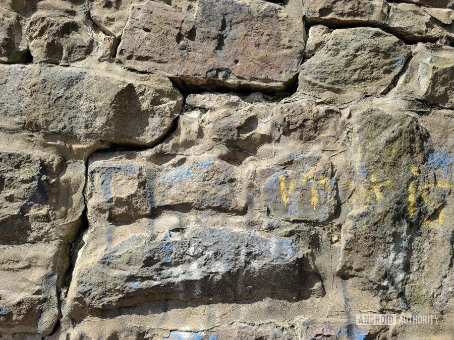 Samsung Galaxy S20 Ultra Photo Sample rock wall