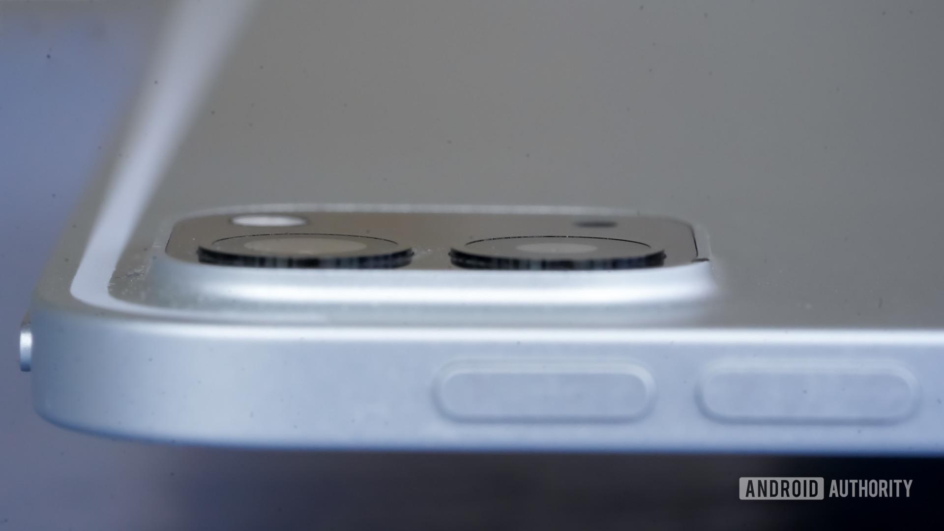 Apple iPad Pro 2020 camera module closeup