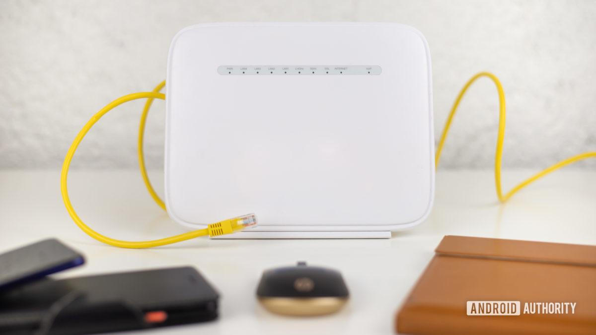 Ethernet vs Wi Fi foto de stock 2