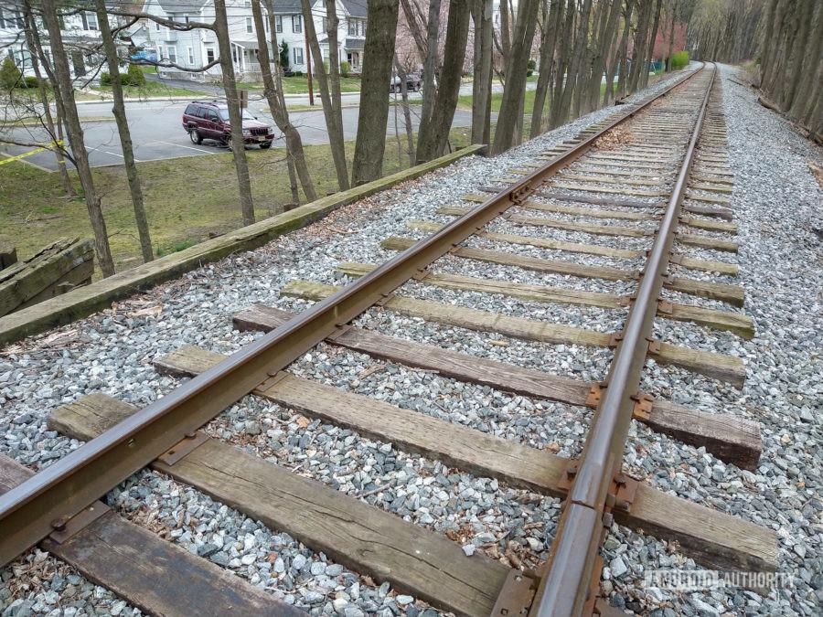 Moto G Stylus photo sample train tracks