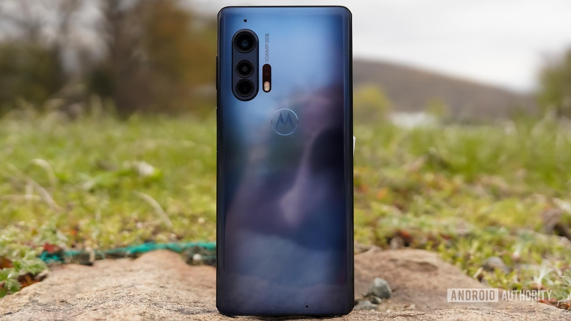 Motorola Edge Plus lakeside
