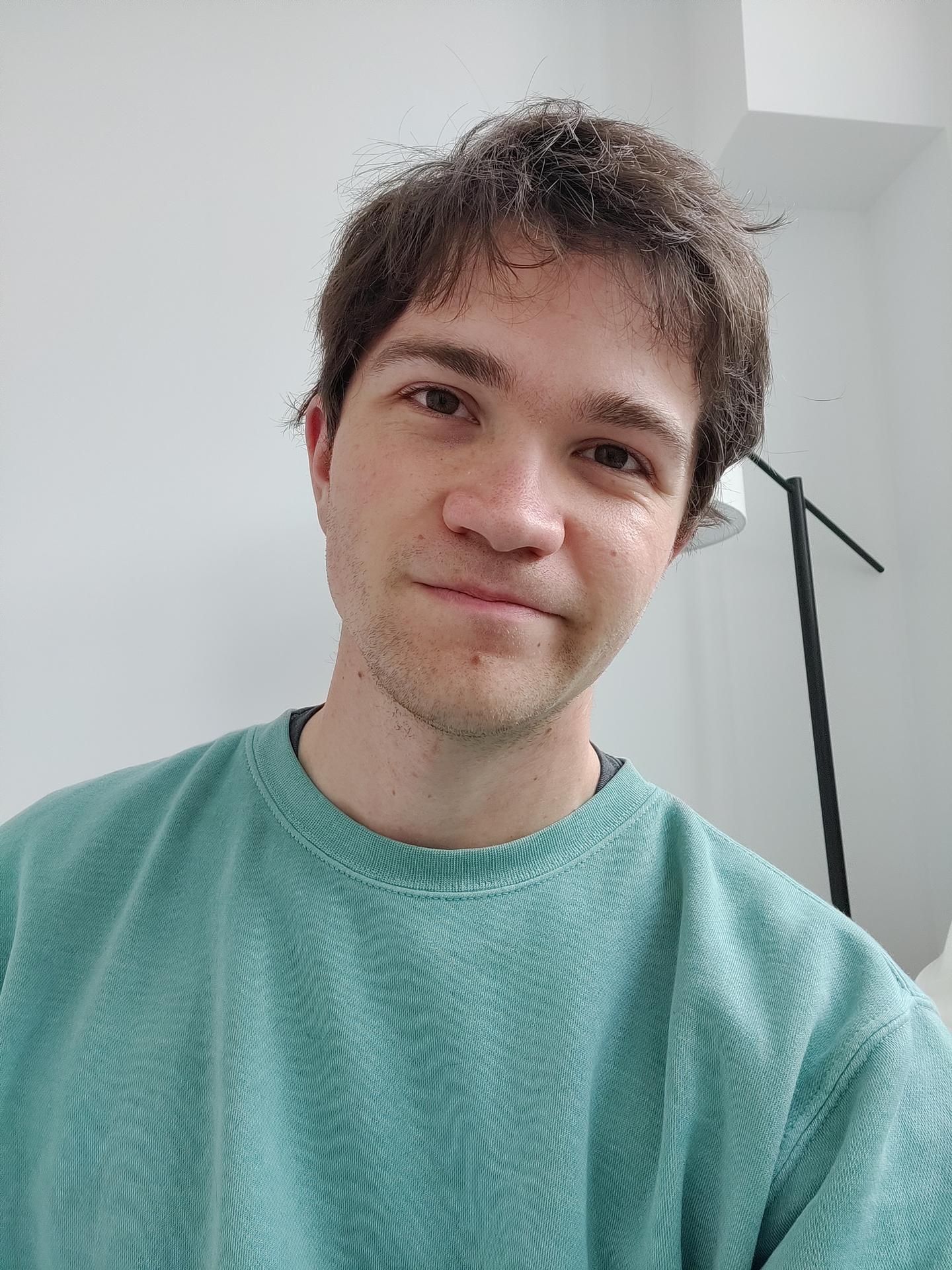 OnePlus 8 Pro sample image selfie 3