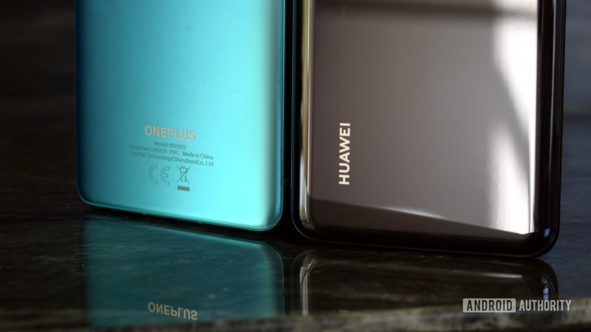 OnePlus logo vs Huawei logo