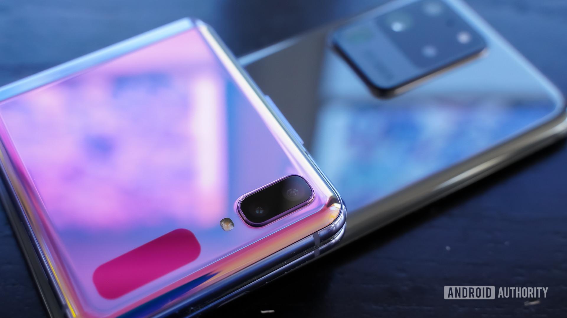 Samsung Galaxy S20 Ultra or Z Flip on top