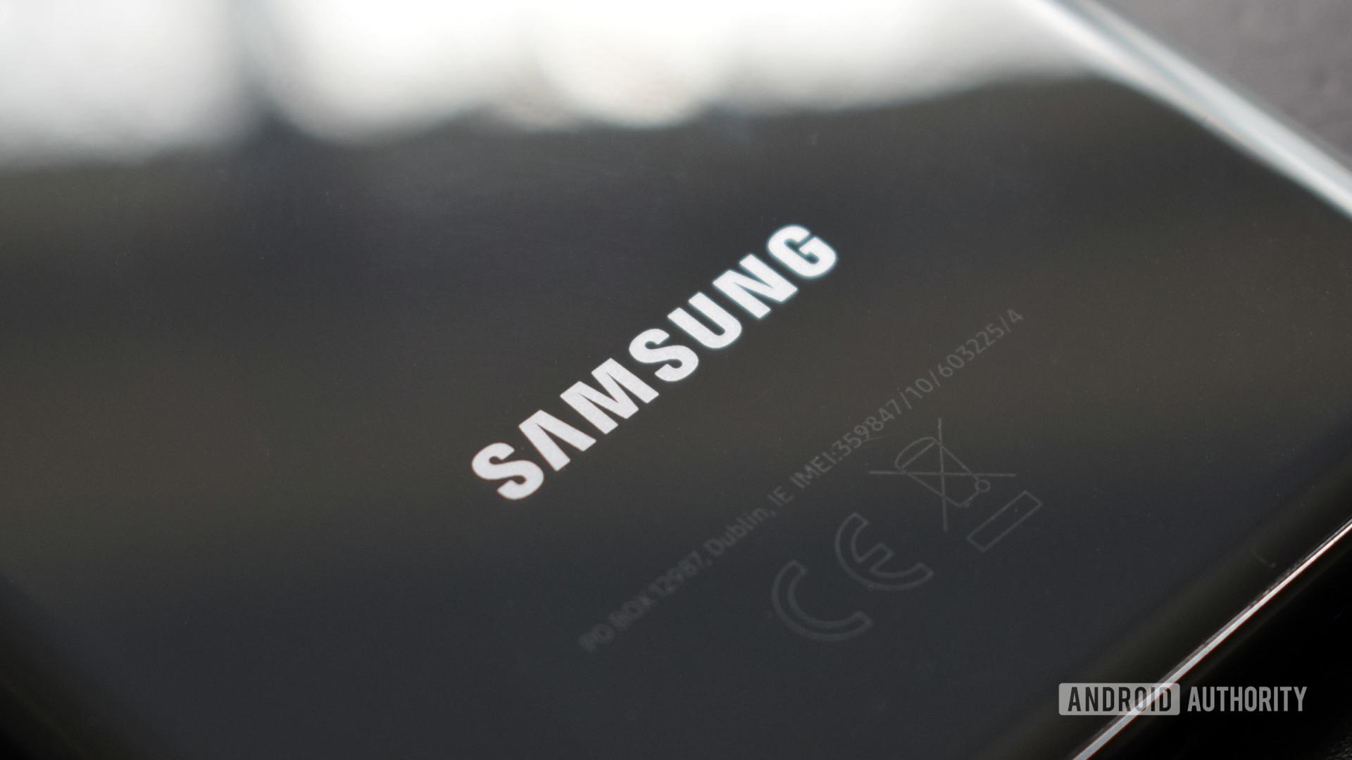 Samsung logo Galaxy S20 4
