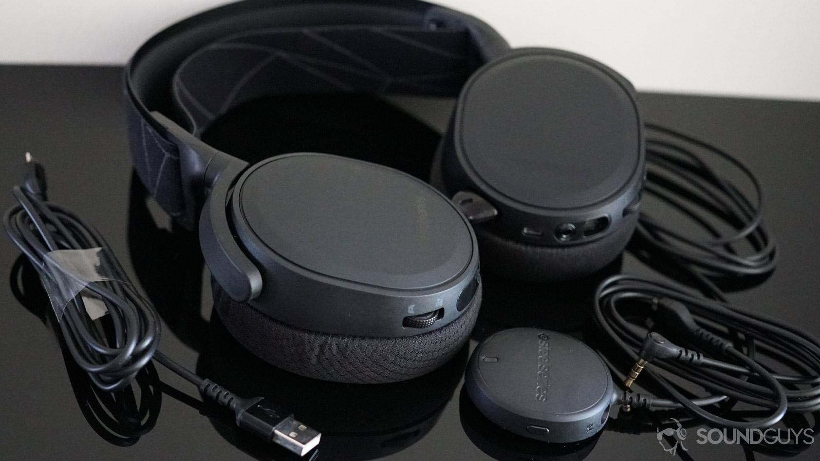 SteelSeries Arctis 7 wireless gaming headset accessories