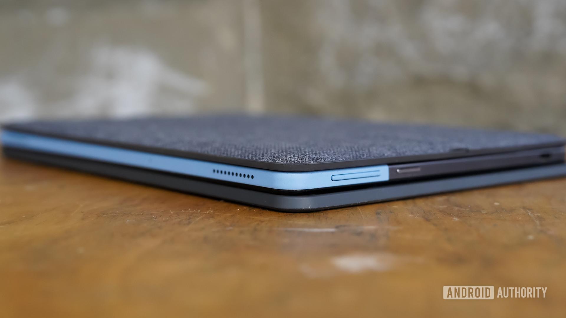 Lenovo Chromebook Duet buttons