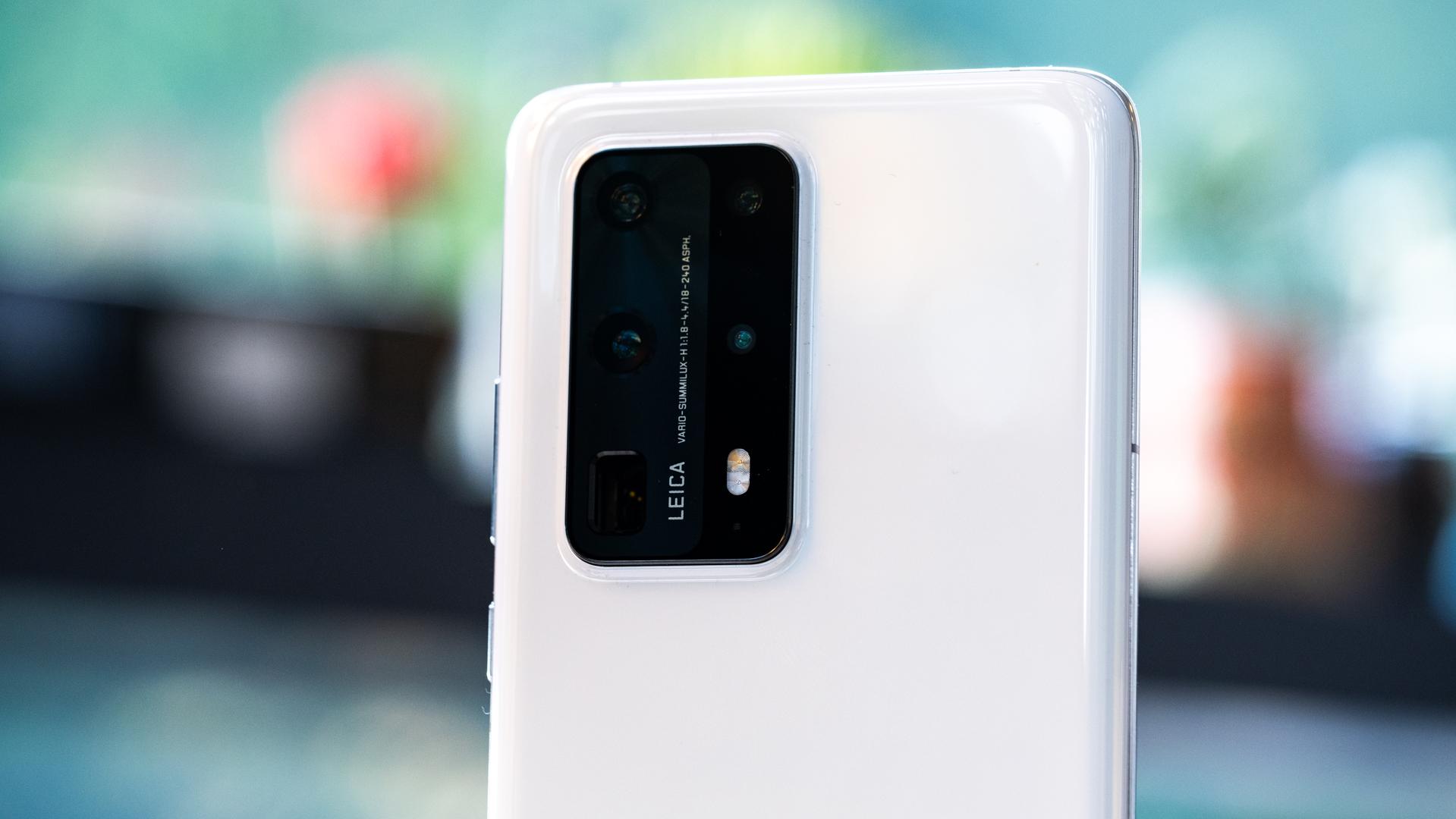 Huawei P40 Pro Plus back camera macro