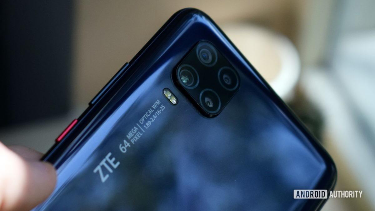 ZTE Axon 11 5G Camera