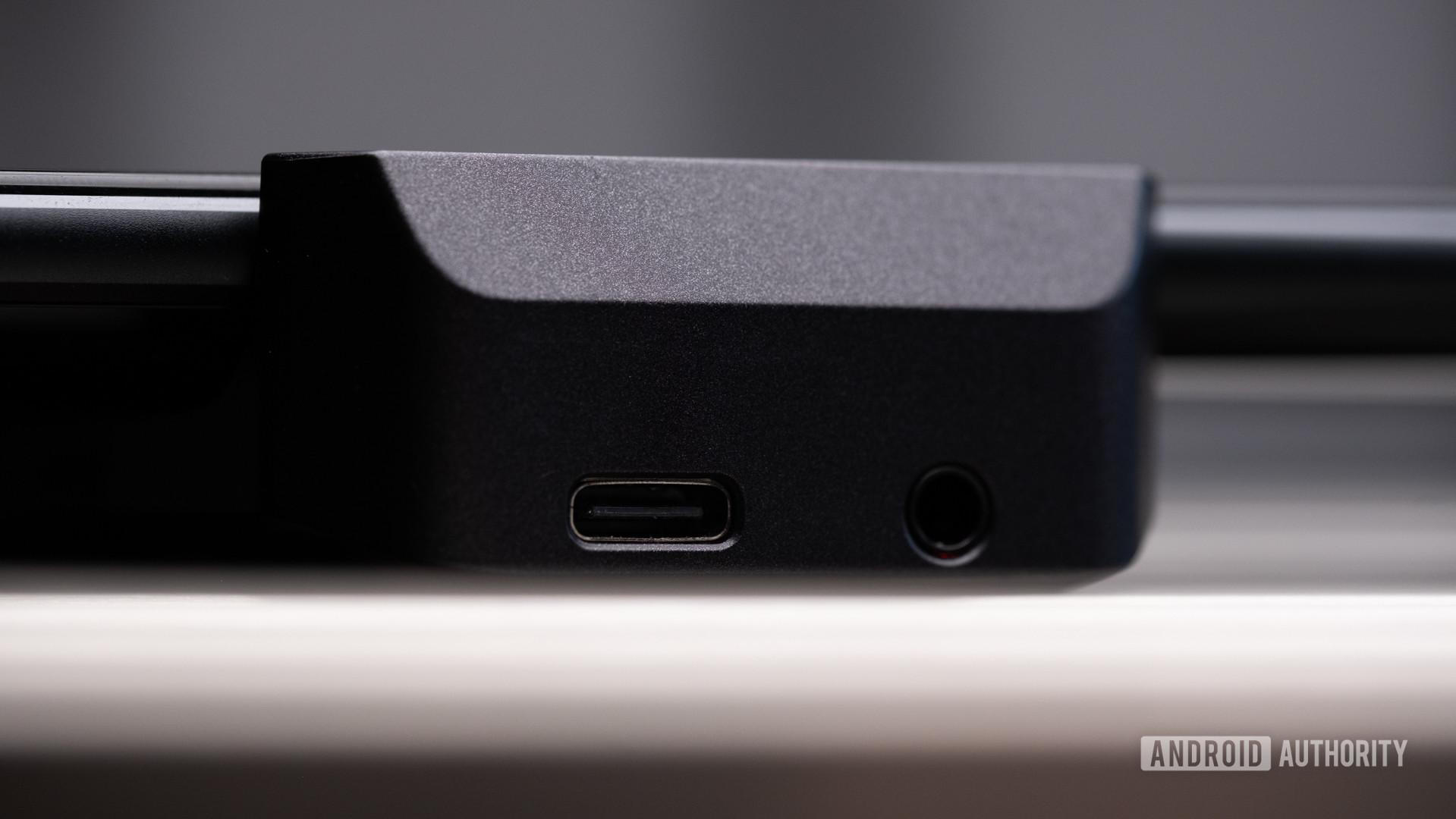 Asus ROG Phone 3 AeroActive cooler ports macro