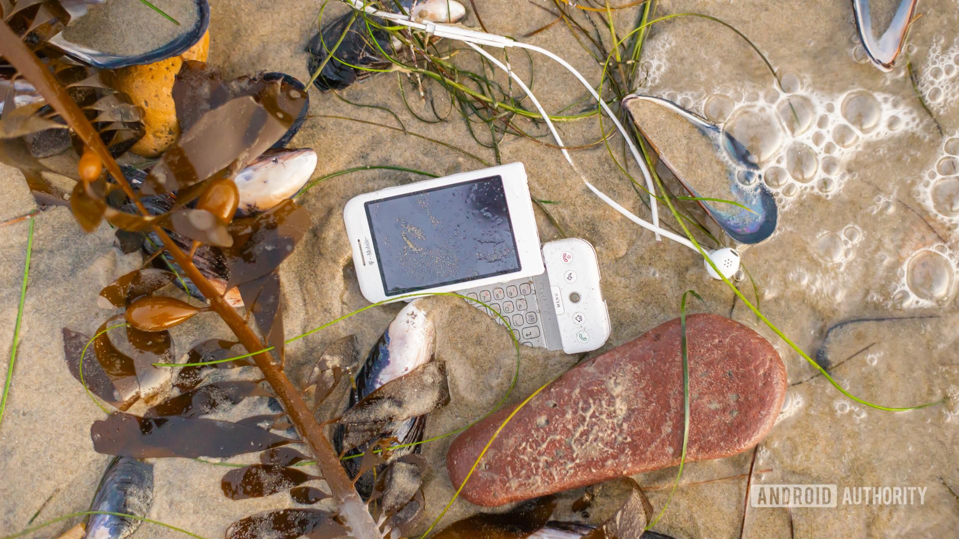 E Waste smartphone on beach1