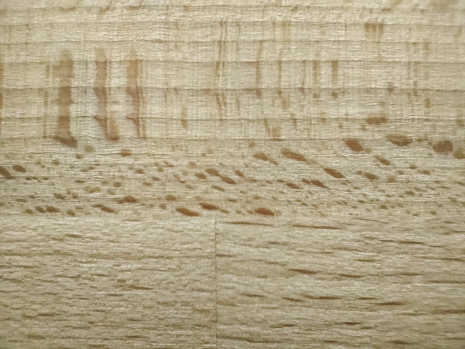 OnePlus Nord test image macro shot of wood table