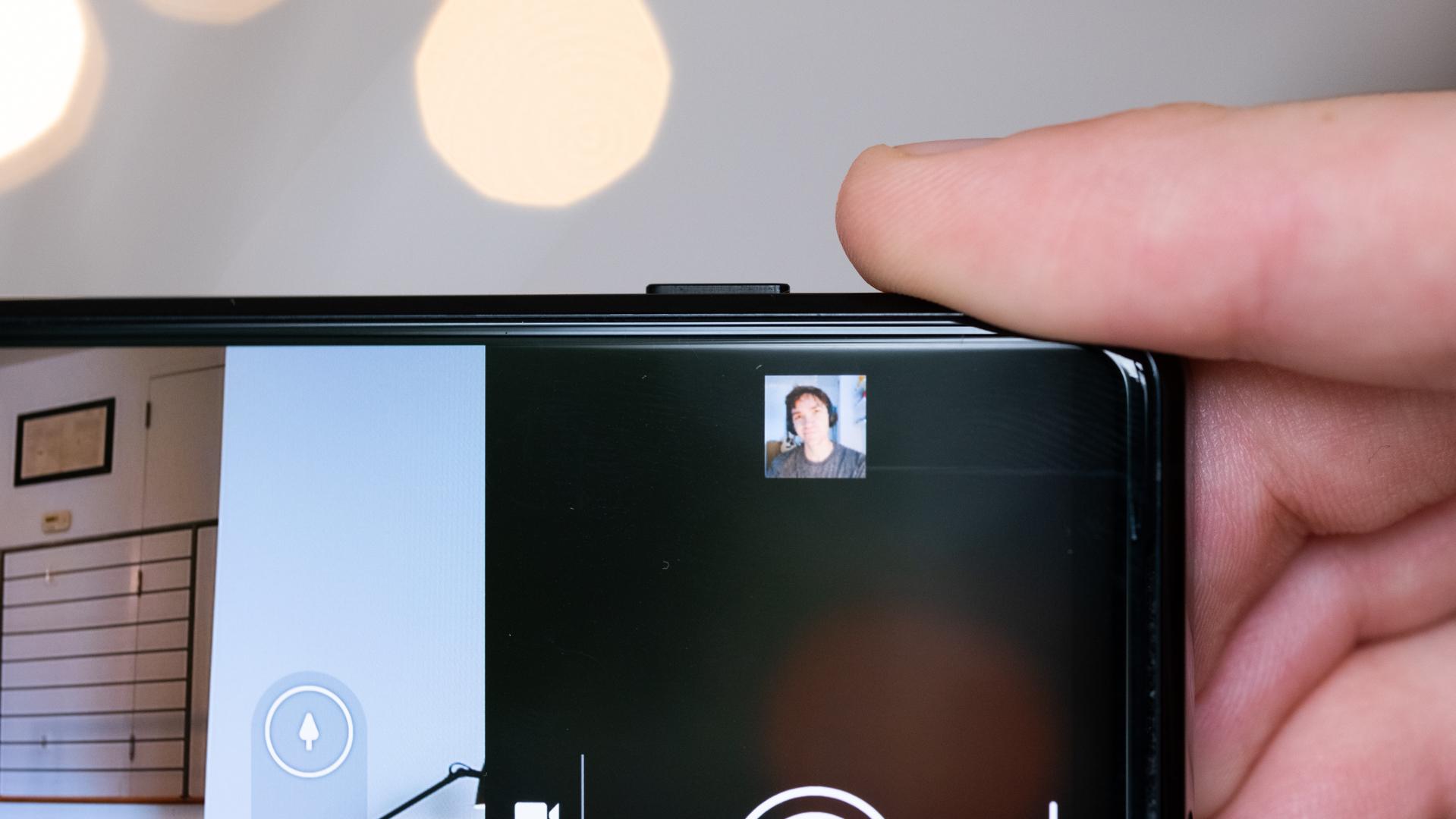 Sony Xperia 1 II dedicated camera shutter