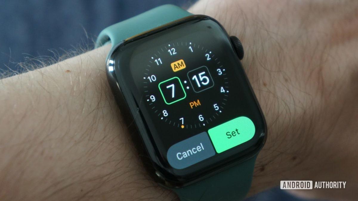 apple watch series 5 alarm