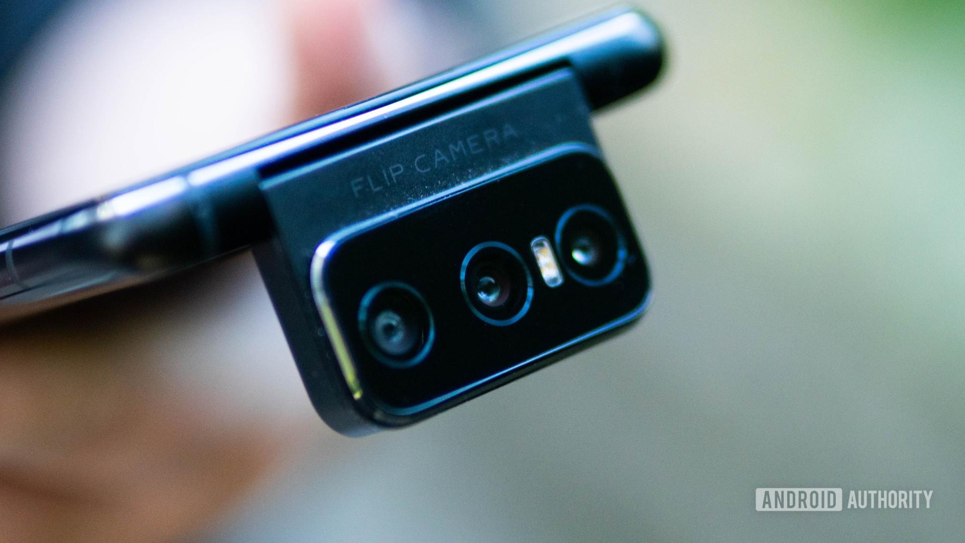 Asus Zenfone 7 Pro triple flip camera module