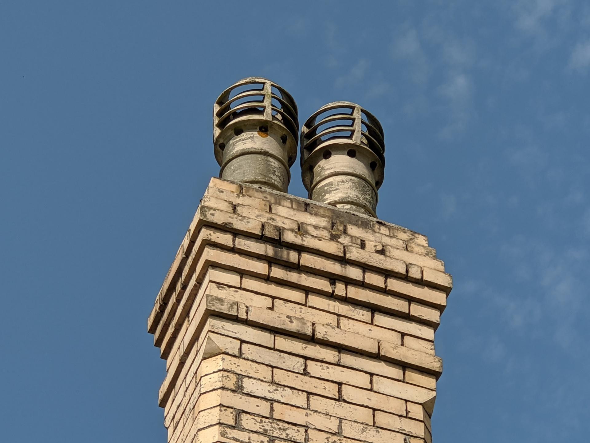 Pixel 4a vs Pixel 4 4 chimney 5x
