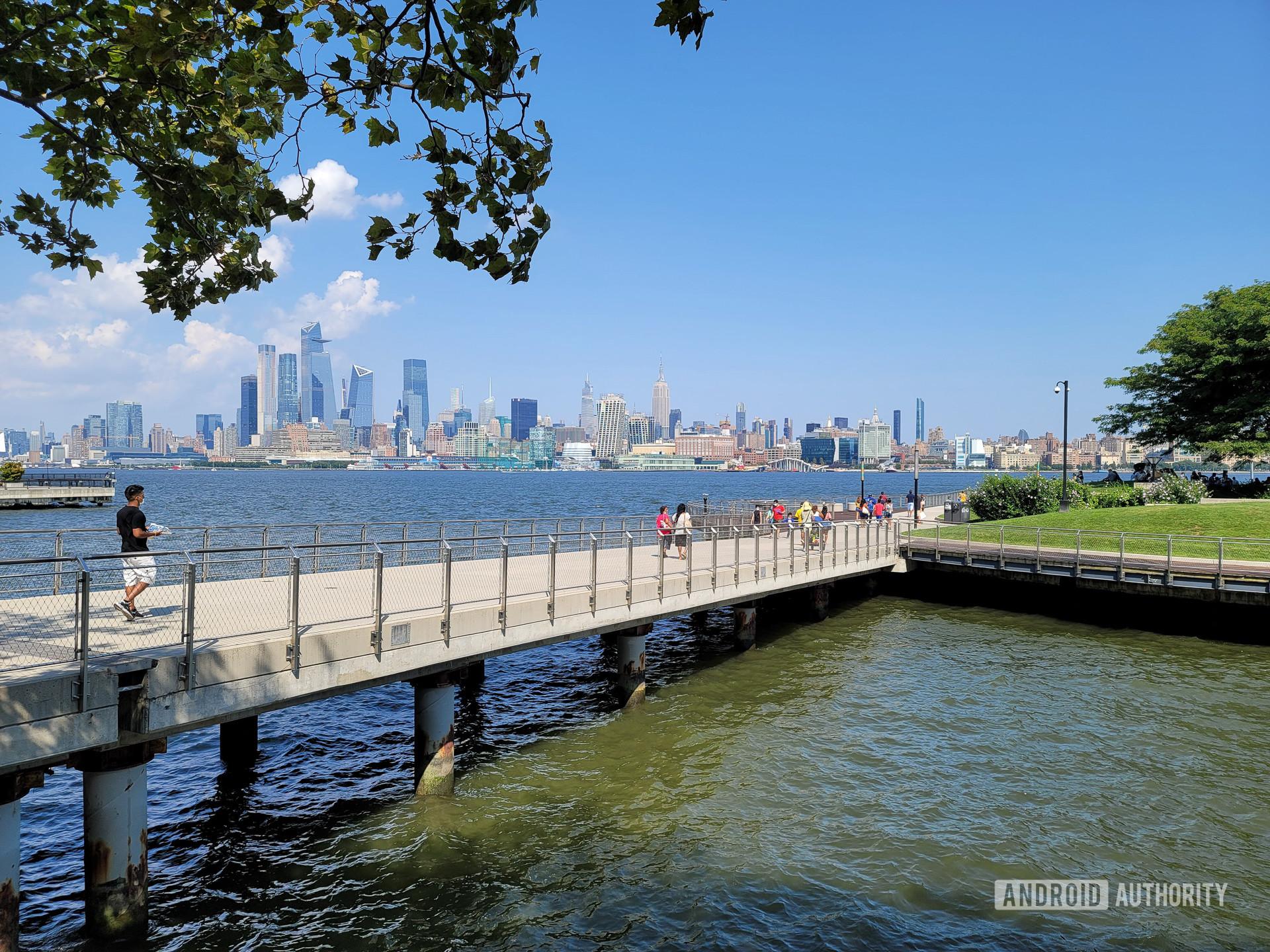Samsung Galaxy Note 20 Ultra Photo Sample Hoboken Park 1