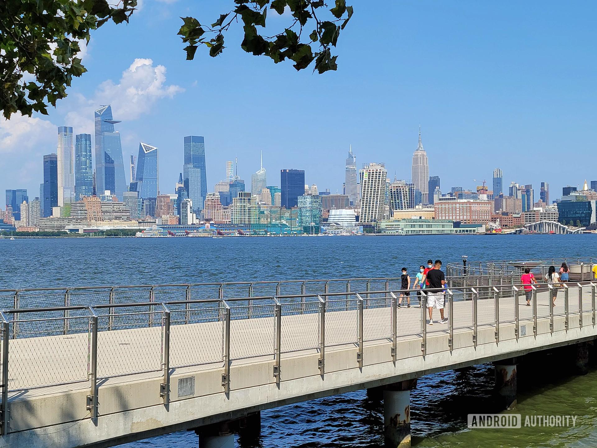 Samsung Galaxy Note 20 Ultra Photo Sample Hoboken Park 2