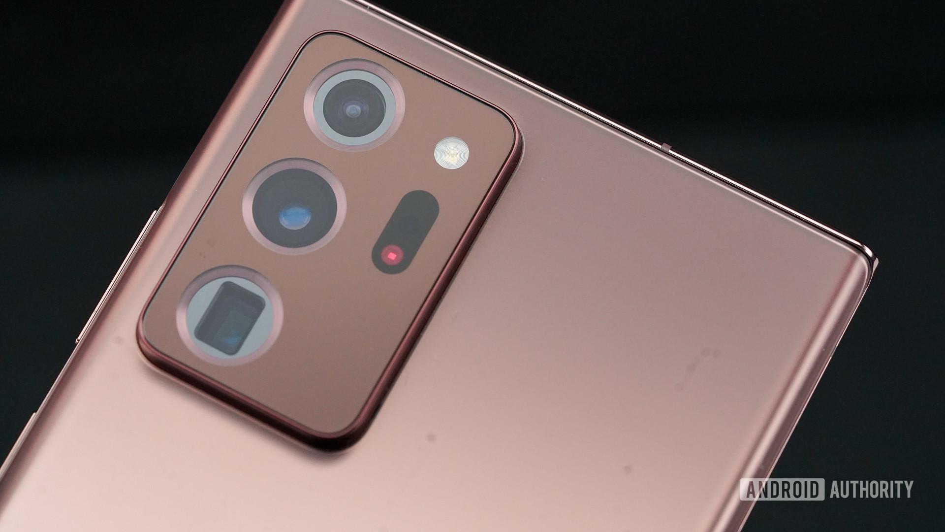 Samsung Galaxy Note 20 Ultra camera angled