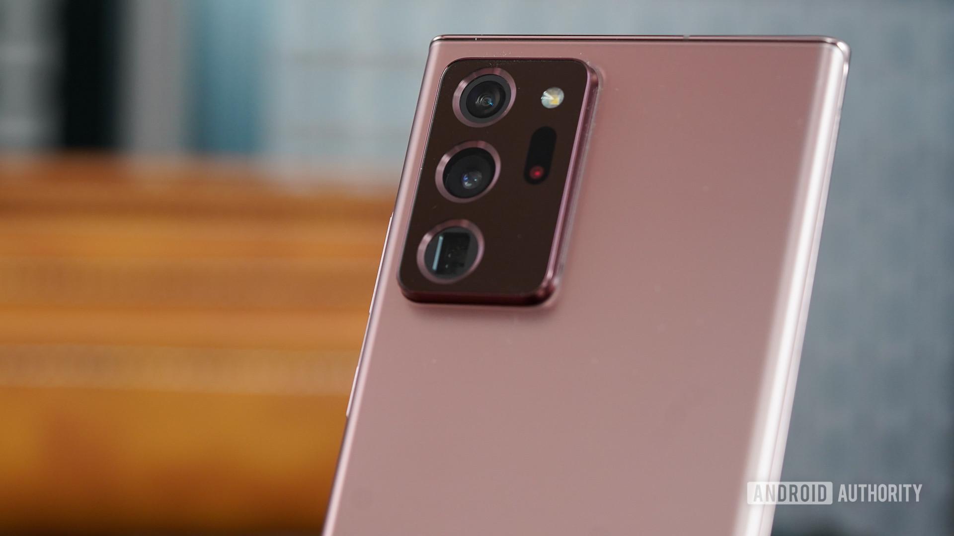 Samsung Galaxy Note 20 Ultra camera closeup